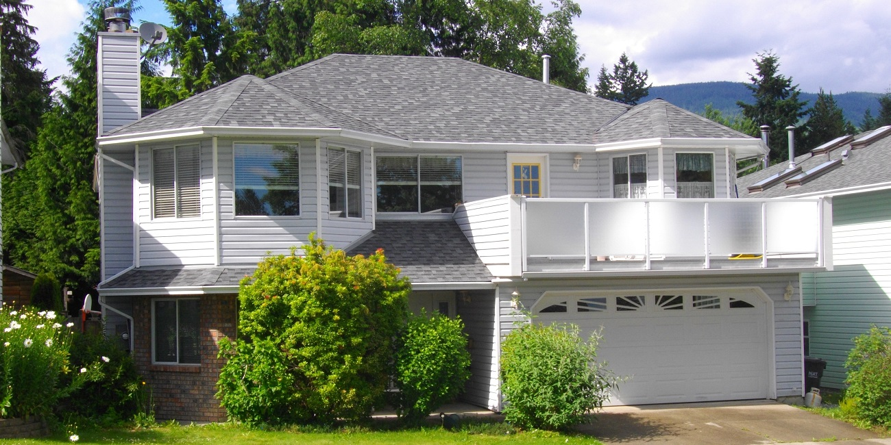 maple-ridge-roofing-restoration